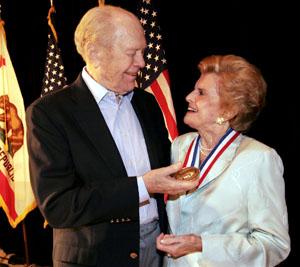 Medal For Distinguished Public Service 2005 Gerald R