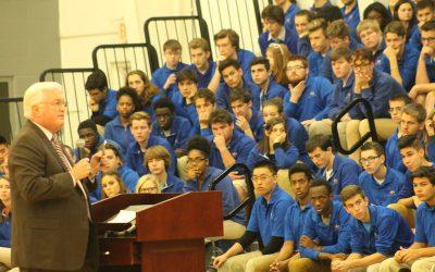 Author Van Hipp speaks with West Michigan Aviation Academy students