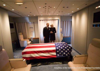 Body Of President Ford Flown To Washingon
