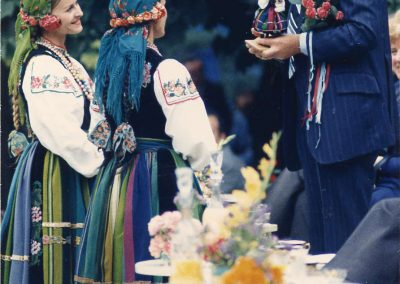 Gifts-from-Mazowsze-State-Folk-Song-and-Dance-Ensemble-Members-in-Warsaw-Poland-